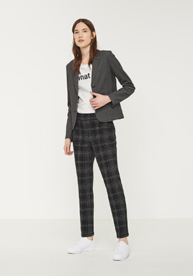 Statement Business Look