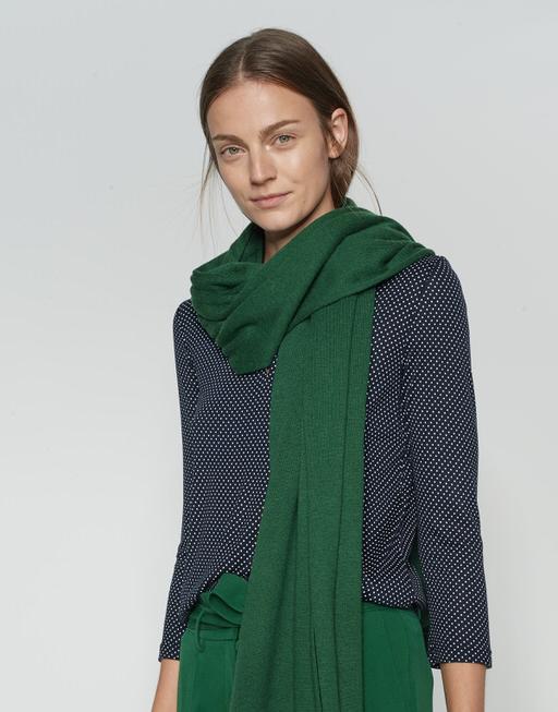 Wollschal Acasha scarf greenery