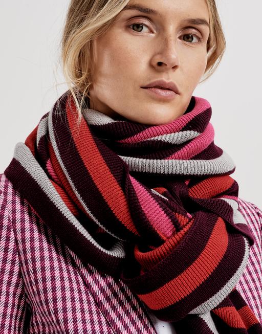 Sjaal Anni scarf dark beetroot