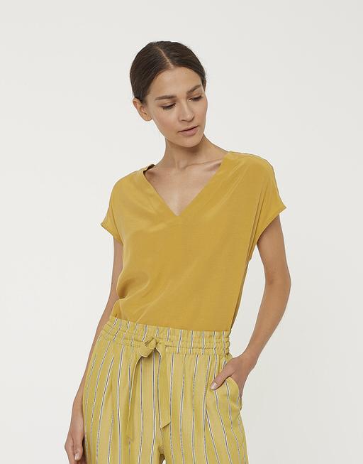 Shirt with V-neck Silvia mute mustard