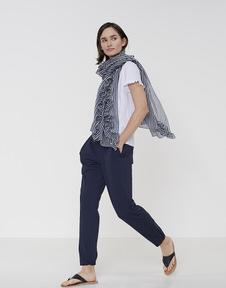 Aflapa scarf