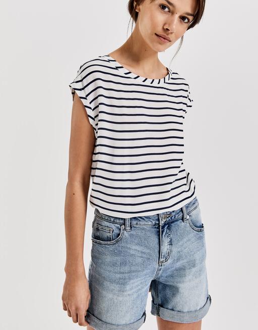 a7170256c56 Stripe blouse Faune €45.95 · Shirt with print Sino print