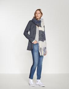 Aschila scarf