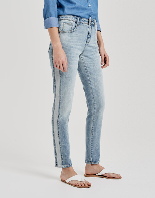 Jeans Evita patch light sky blue